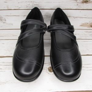 Orthofeet Black Leather Mary Janes 9.5 D + Inserts